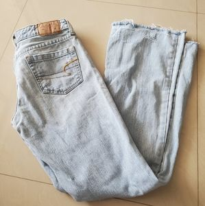 American eagle wide leg distressed jeans